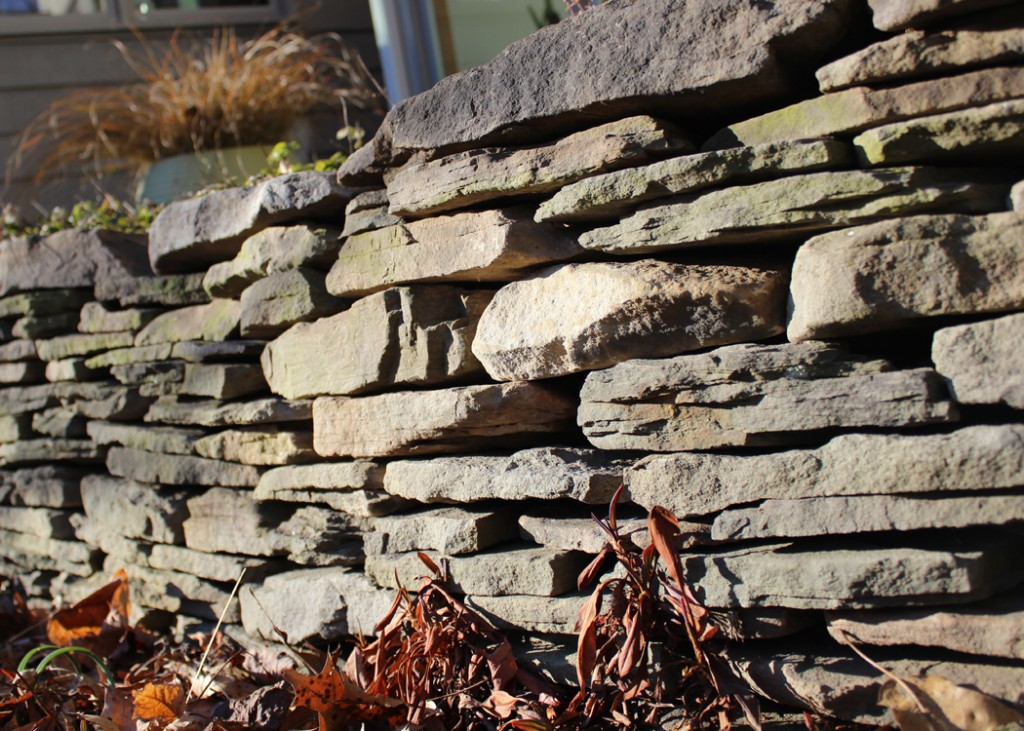 Dryset Field Stone Retaining Wall